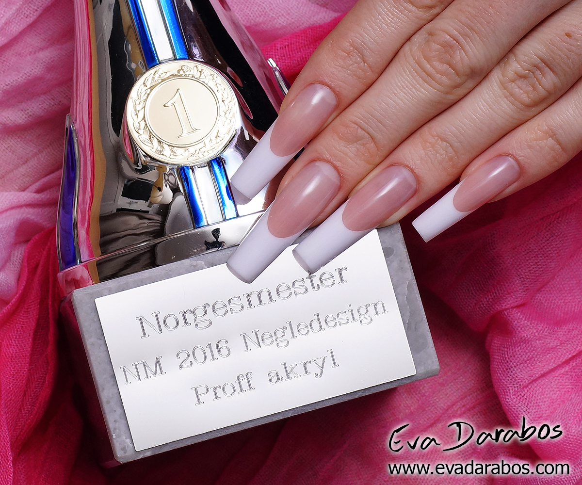 Hand model - Eva Darabos