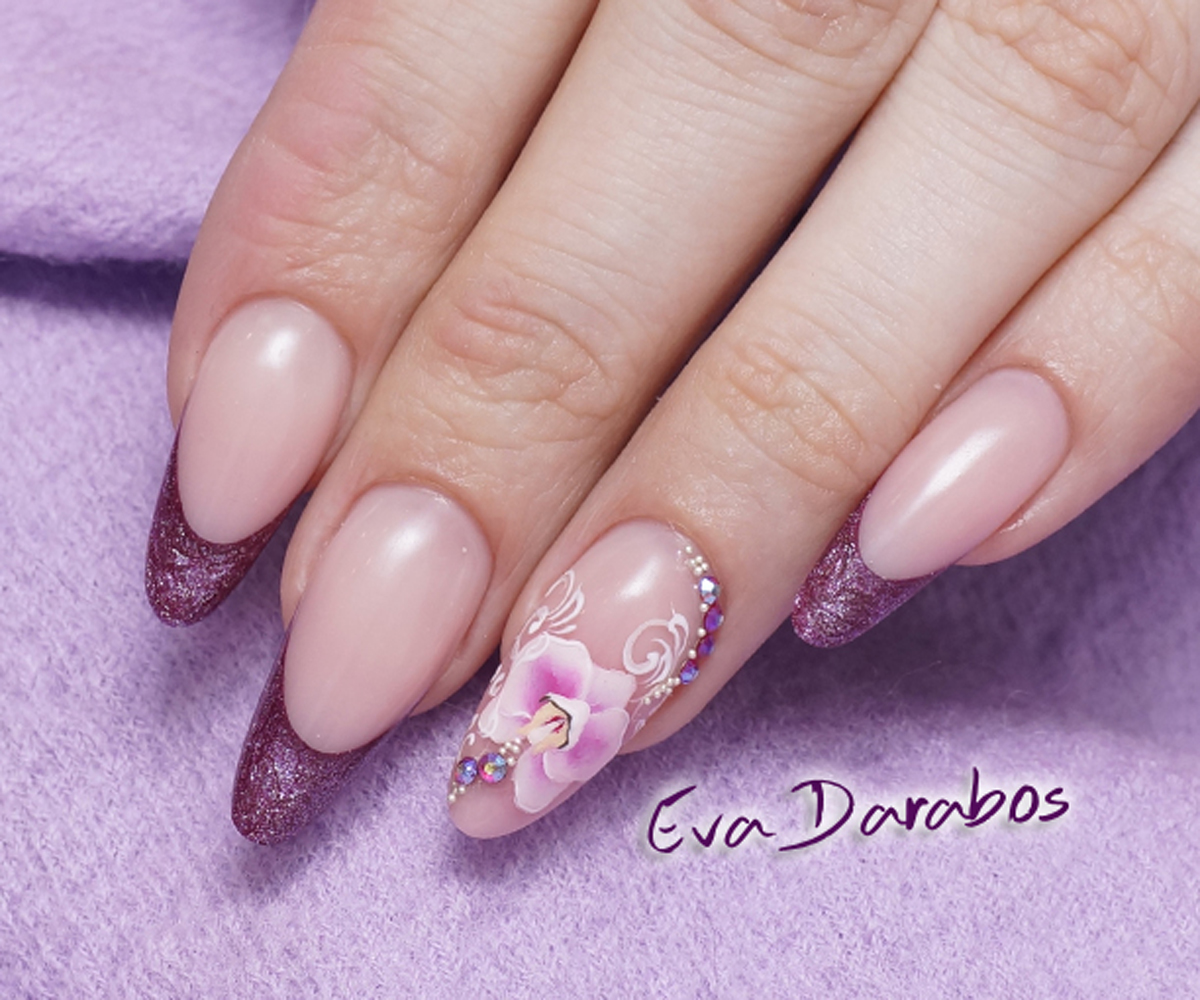 Education - Special shapes in salon style with gel - Eva Darabos